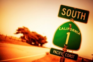 iStock California sign Low Res